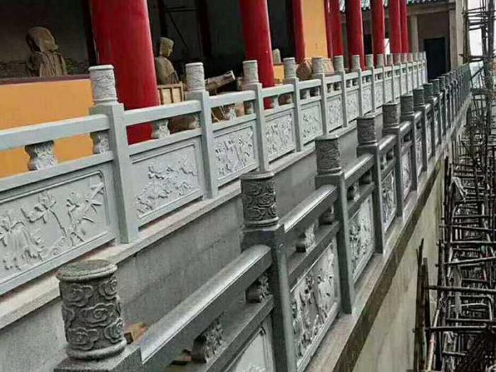 专业厂家告诉你石护栏安装的要点有哪些?